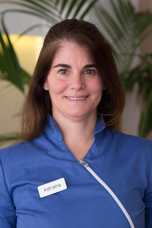 Adriana - Nuestro equipo quiropráctico